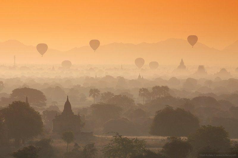 царство, город, шары, мьянма, бирма, баган, паган, воздушные_шары, рассвет, утро, джунгли, пагоды, храмы, храм, пагода, азия, myanmar, burma, pagan, bagan, balloons, jungle, pagoda, temple  Воздушные шары над Баганомphoto preview