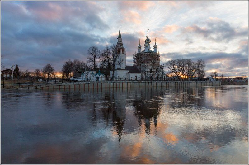 россия, ивановская обл, холуй Апрельский рассвет в Холуеphoto preview