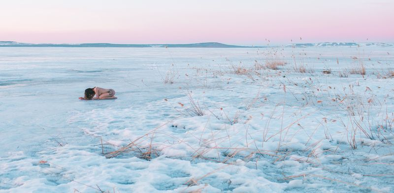 girl, nude, cold, dawn, sunrise, bashkortostan, april, spring, lake, aslikul, ice, April dawnphoto preview