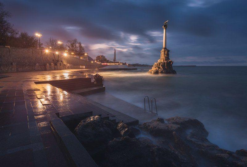 крым, севастополь, черное море, море, пейзаж, городской пейзаж, шторм Ночь в Севастополеphoto preview