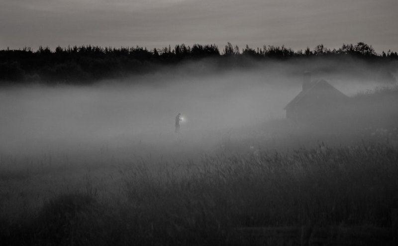 монах, отшельник, туман, келья. Анахорет.photo preview