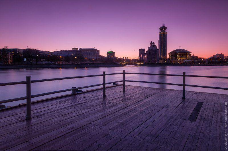 москва,вечер,город,городской пейзаж,пейзаж,longexposure,кремль,мдм,река,отражения,огни,небо,градиенты Московские весенние вечерние видыphoto preview
