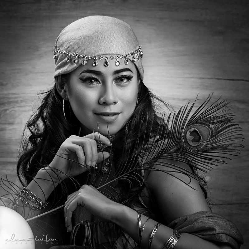 portrait gypsy lady woman The Gypsyphoto preview