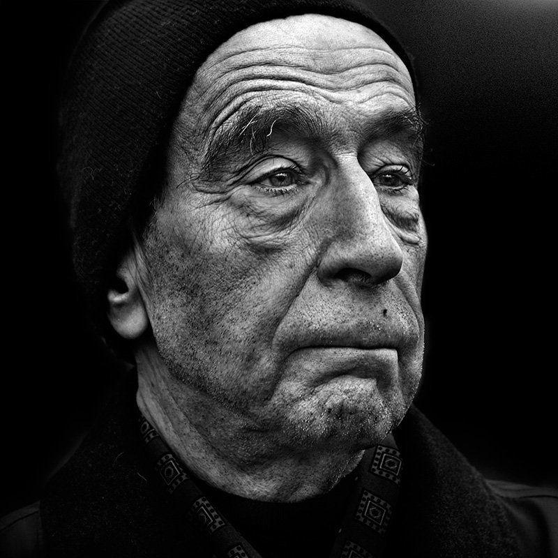 улица ,город ,люди ,лица ,портрет ,санкт-петербург, street photography назад в прошлоеphoto preview