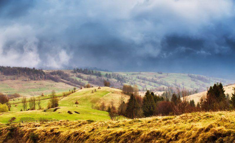 апрель, весна, горы, день, дождь, закарпатье, карпаты Просвет между ливнямиphoto preview