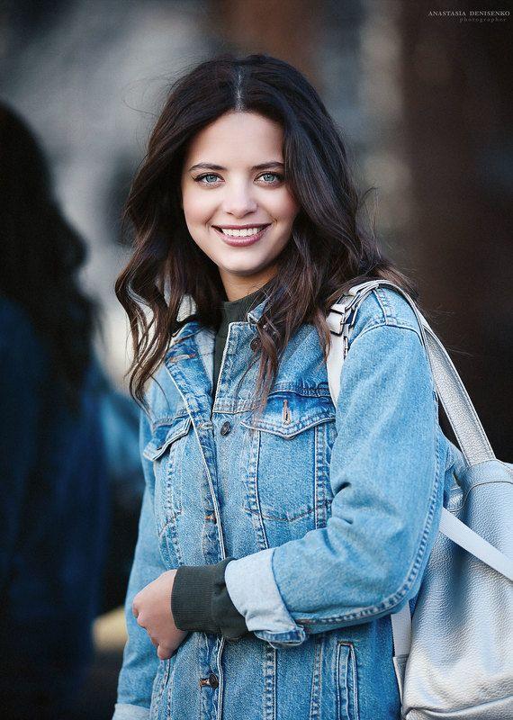 красивая девушка стритстайл фотограф москва уличная съемка портрет портфолио модель лукбук модельные тесты Настяphoto preview