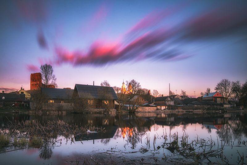 city,sunset,город,пейзаж,закат Лудза в закатеphoto preview