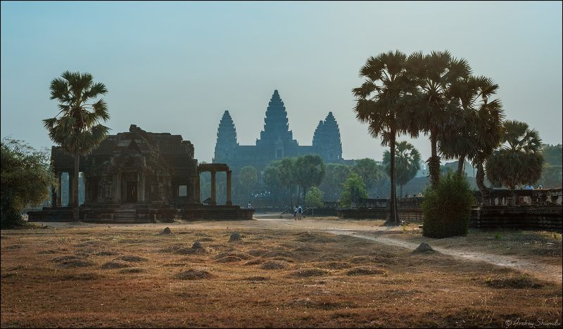 Angkor Wat, Cambodiaphoto preview