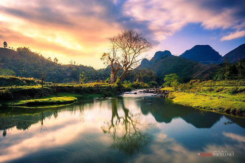 #quanphoto,#landscape,#longexposure,#reflections,#mountains,#tree,#stream,#sunset,#sundown,#sky,#vietnam Sunset Reflectionsphoto preview