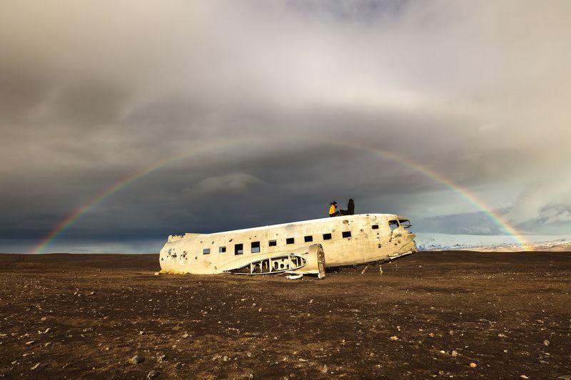 plane wracks rainbow  pair iceland Plane wracks, rainbow & a pairphoto preview