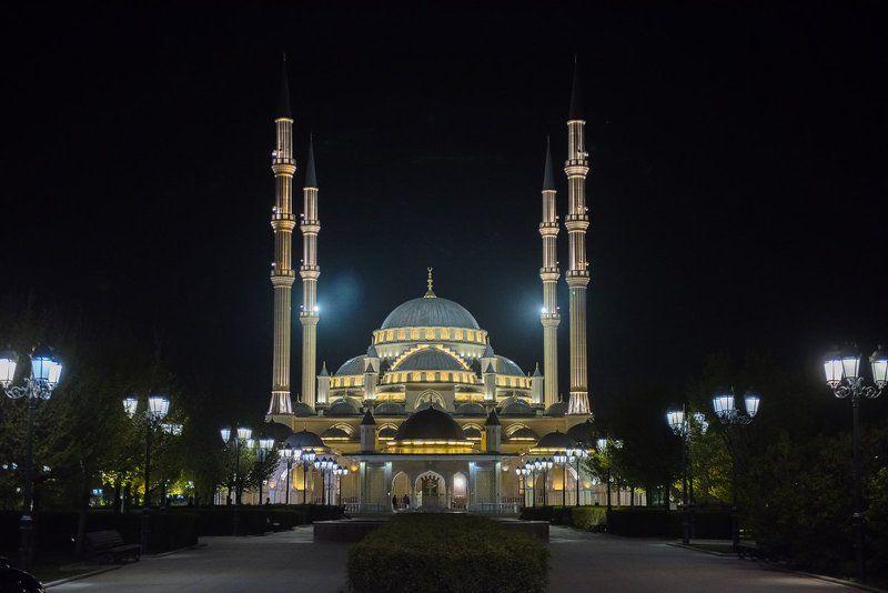мечеть Грозный МЕЧЕТЬ и НОЧЬ.photo preview