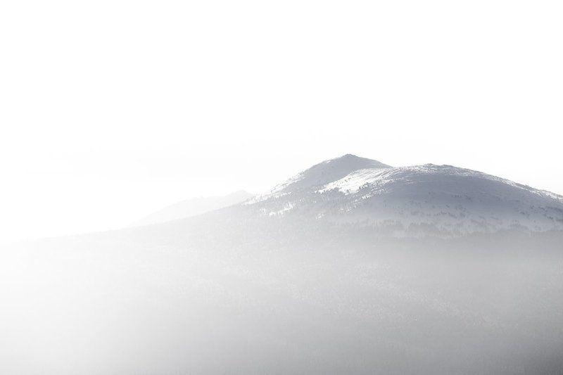 урал,зима,таганай,белый,горы,снег,солнце Несуществующая вершинаphoto preview