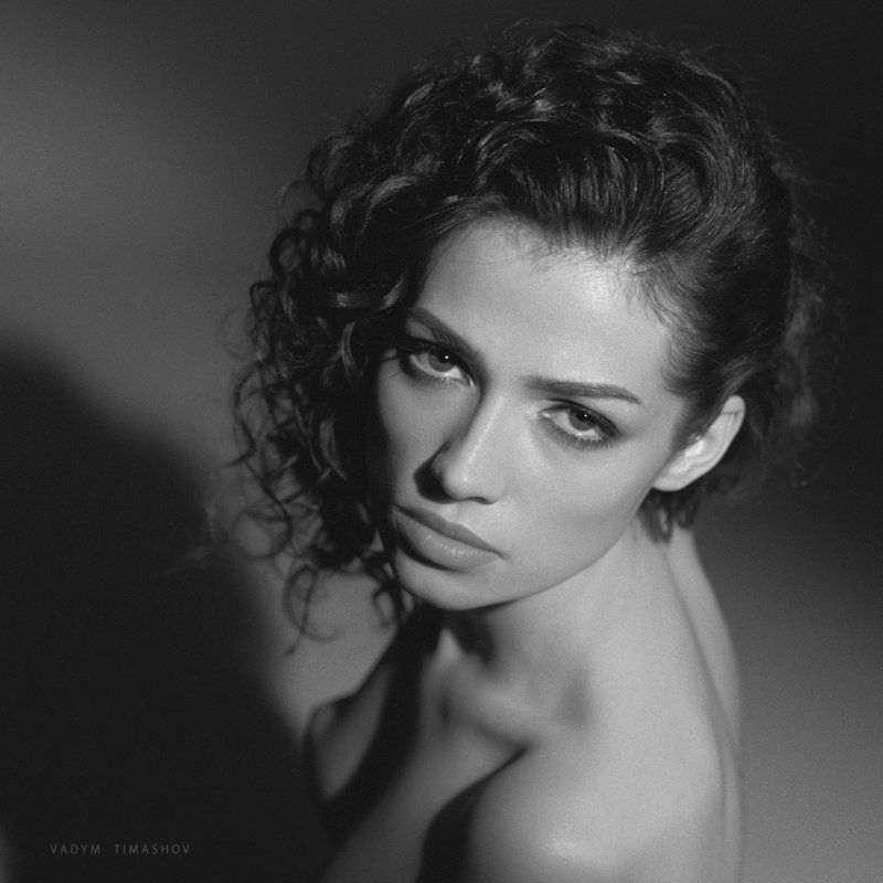 art, beauty, nude, print, portrait, vadym timashov, black and white, eyes *****photo preview