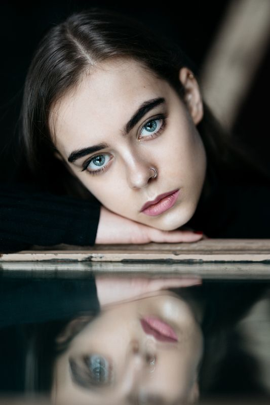 portrait girl eyes art  babakfatholahi look deep soul Reflectionphoto preview