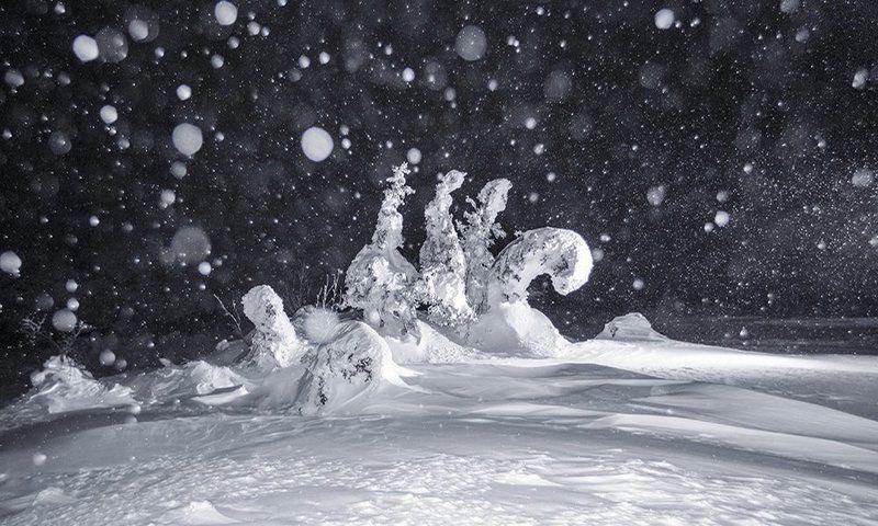 урал,зима,таганай,белый,горы,снег,ночь Во власти печалиphoto preview