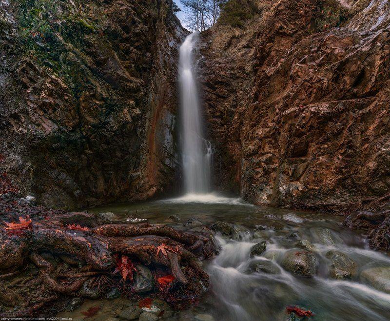 Природа, Водопад, Река, поток, Лес, Вода,  скалы, камни,  Горы, Пейзаж,  Дерево, Текущая вода, Осень, Зеленый, Свежесть, Падение, Влажный, Кипр, Милломерис Водопад Милломерисphoto preview