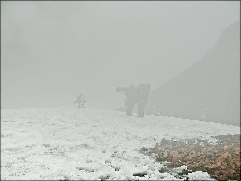 Покататься на ледникphoto preview