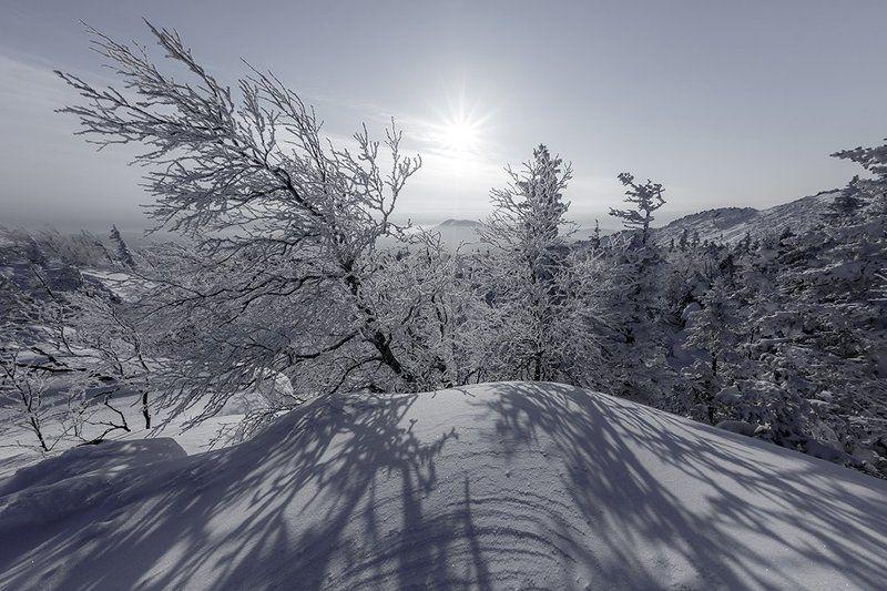 урал,зима,таганай,белый,горы,снег,солнце Охотник за Солнцемphoto preview