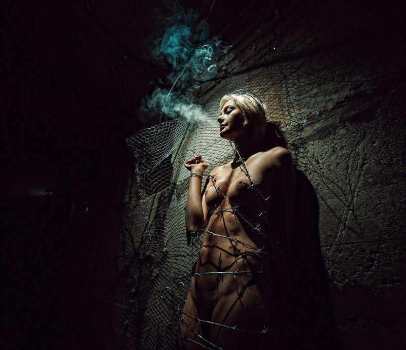 Михаил Решетников, НЮ, сигареты, курение социальная рекламаphoto preview