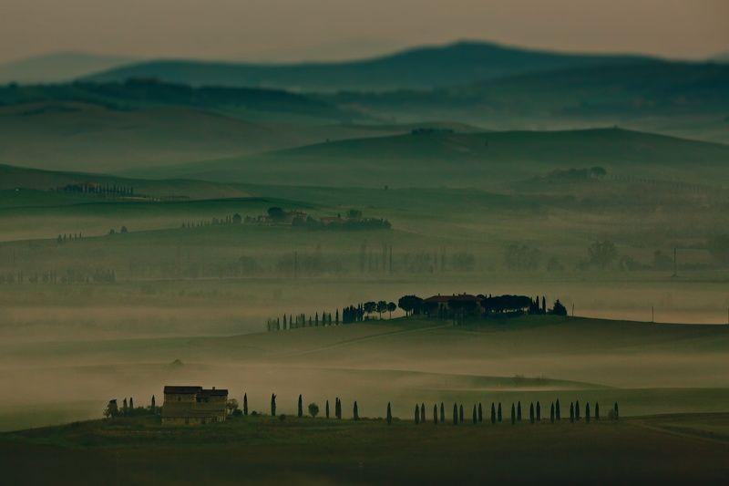 По весенней Тоскане с осенним настроениемphoto preview