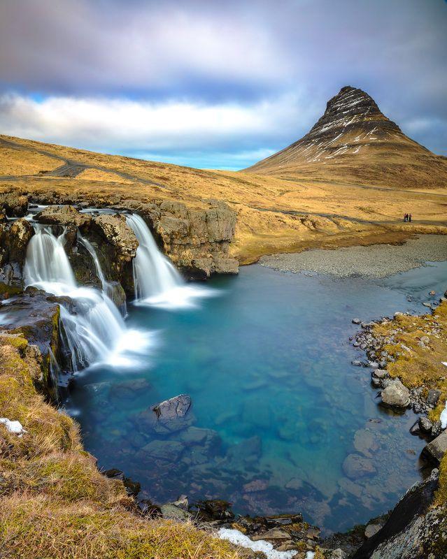 iceland kirkjufell waterfalls Kirkjufell & low waterfallsphoto preview