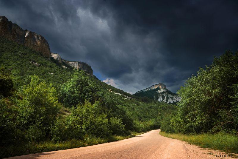 крым, горы, дорога, гроза, облака, кыз-кермен, лучи. Дорогою на Кыз-Кермен.photo preview