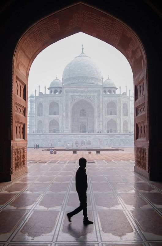 street , street photography , documentary taj mahalphoto preview