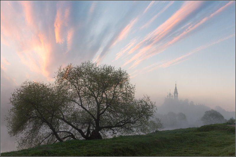 Россия, Московская обл, Валищево Майское утроphoto preview