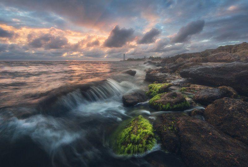 крым, море, пейзаж, маяк, шторм, пейзаж, ландшафт, романтика, россия, лето, камни, облака, небо, путешествия, отдых, гармония, вдохновение Морская романтикаphoto preview