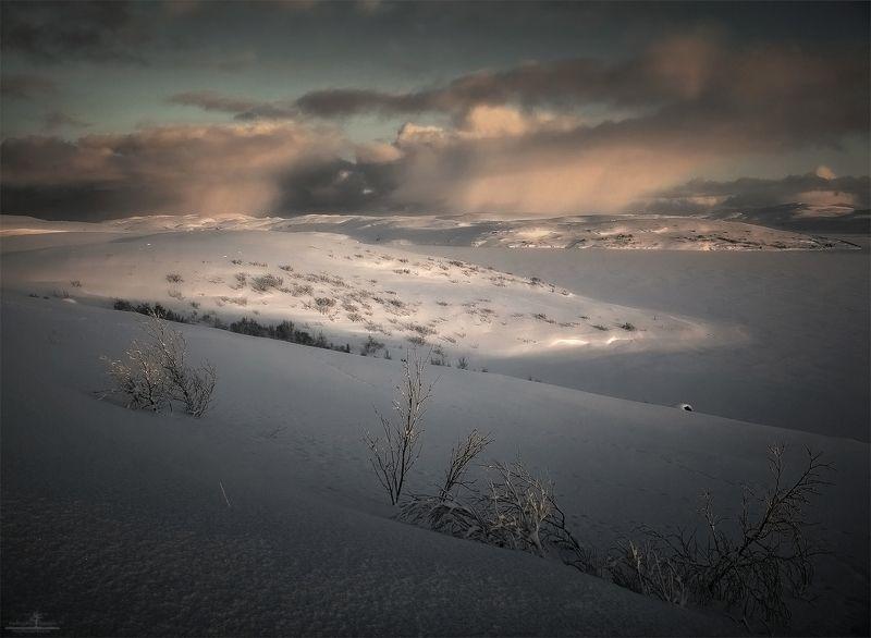 россия, териберка Про светопись бескрайней пустыни севераphoto preview