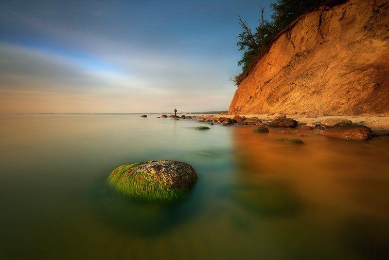 polska,bałtyk,gdynia, orłowo,plaża ,kamienie,wędkarz Cliffphoto preview