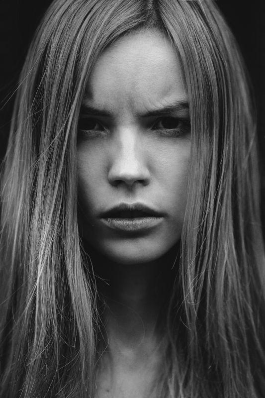 портрет, девушка, ветер, ритм, арт, чб **photo preview