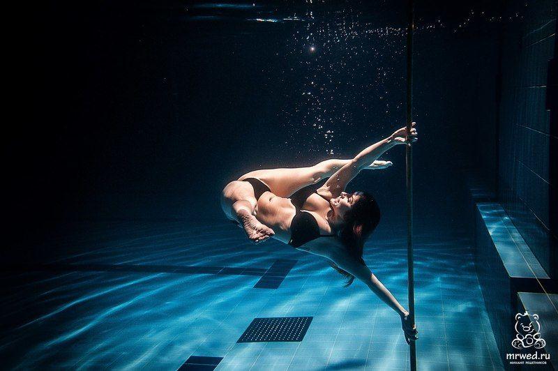 под водой, подводный, пилон, Михаил Решетников подводный пилонphoto preview