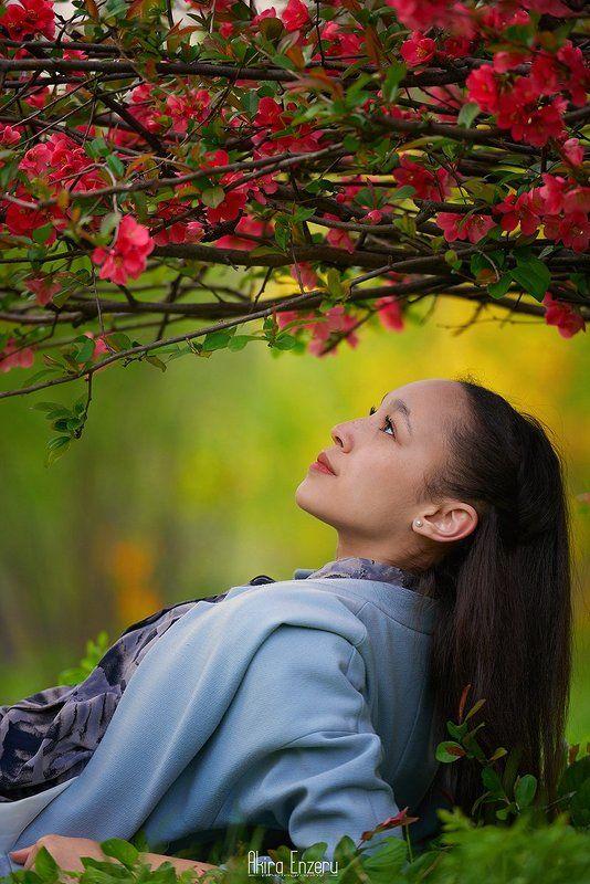 portrait, outdoor Цветочница IIphoto preview