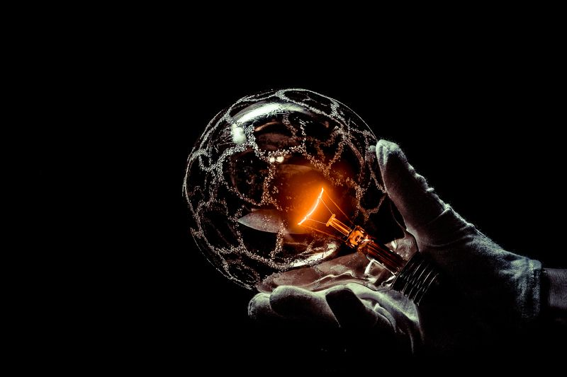 hand, glass, bulb, macro, conceptual, concept, art, light, globes, round, ebergy In my handphoto preview