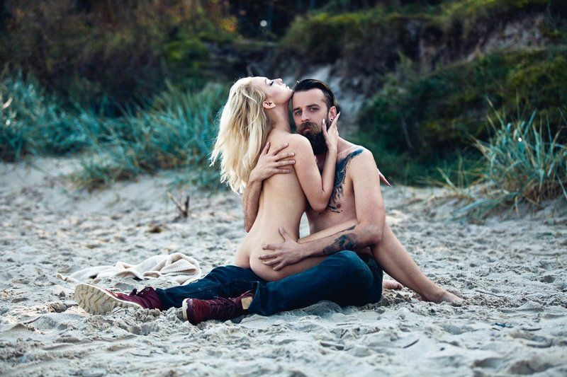 couple, island, beach, morning, curves, tattoo Robinsonphoto preview
