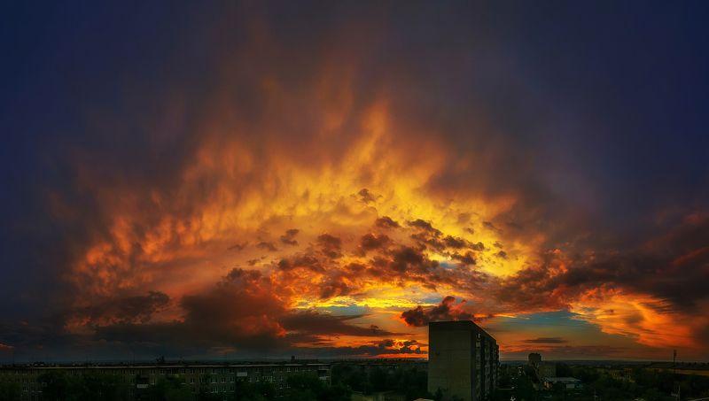 Небеса в огне photo preview