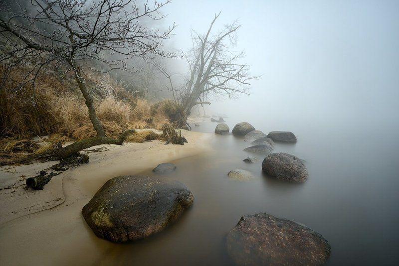 polska,bałtyk,gdynia,plaża ,kamienie,mgła Baltic Seaphoto preview