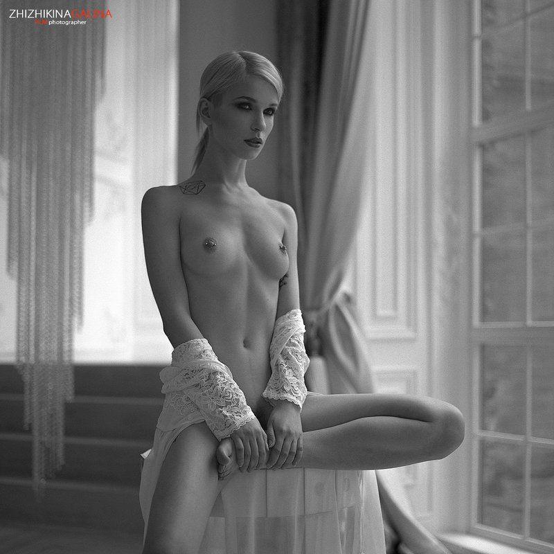 девушка, свет, модель, портрет, жанр, стол, нежность, искусство, грация, ню, модель, воркшоп, мастер-класс, люстра, soul, photo, photography, portrait, nature, art, nude, artnu, nu illusionphoto preview