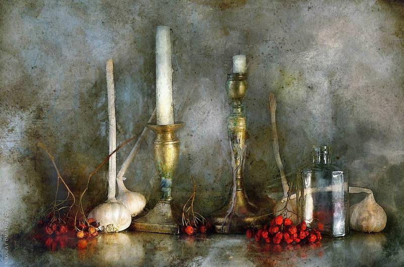 натюрморт, музыка две свечи и рябинаphoto preview