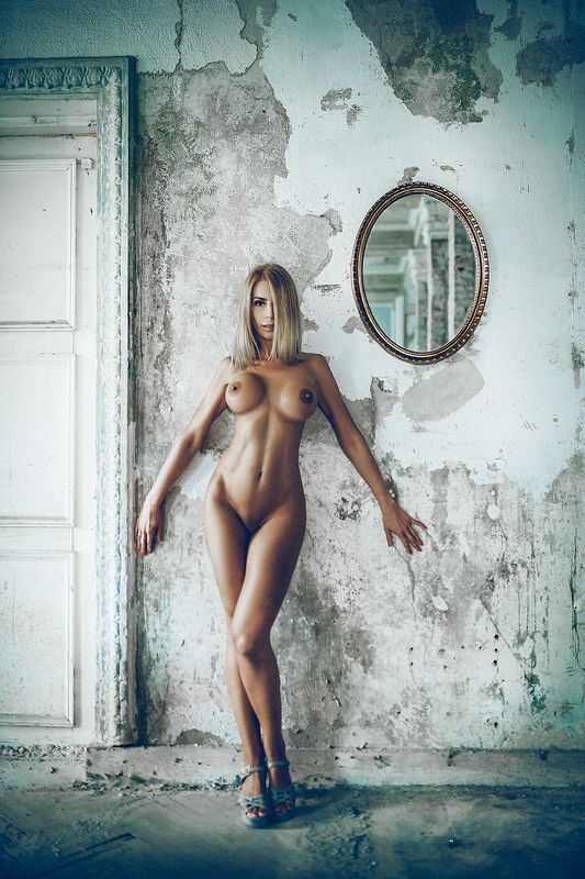woman, nude, beauty, abandoned, old hotel, mirror, toning Old Hotel. The mirror...photo preview