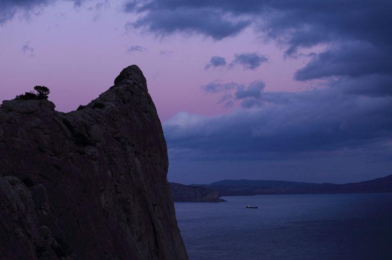 Тревожный закат над Коба-Каяphoto preview