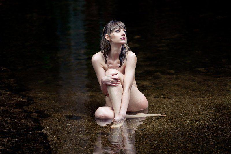 river, wet, woman, lady, dark, light, water Riverphoto preview