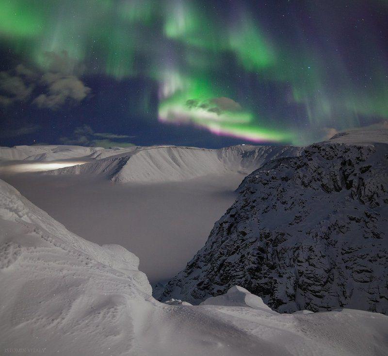 пейзаж,синяие,ночь,хибины,звезды,снег,зима,панорама,токина,кольский,север,холодно,лавина,туман,небо,ночной,пейзаж,природа На краюphoto preview