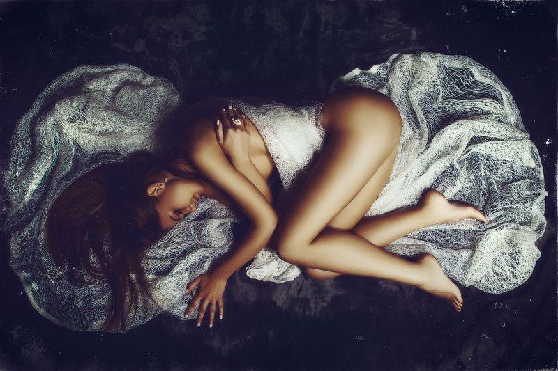 woman, portrait, studio, beauty, light The sleeping beautyphoto preview