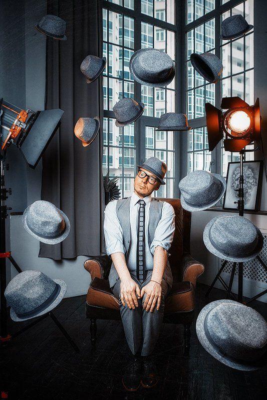 Человек в шляпеphoto preview