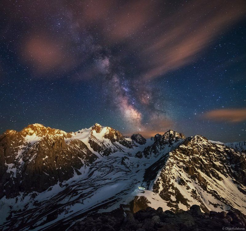 Летняя ночь над ледником Богдановичаphoto preview
