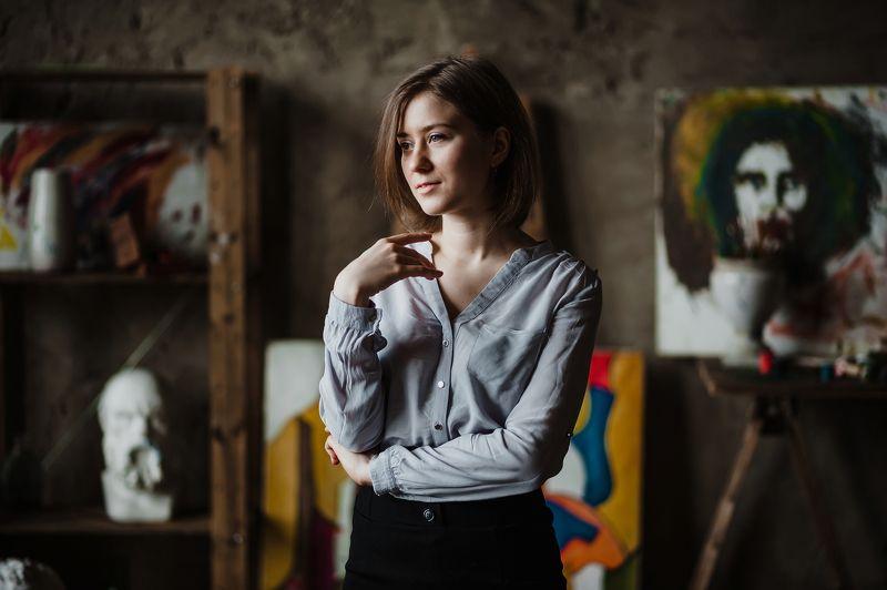 Портрет, девушка, студия, естесственный свет Дарьяphoto preview