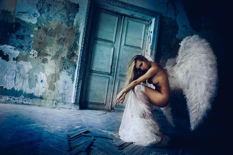 woman, model, nude, wings, angel, toning Angel of sorrowphoto preview