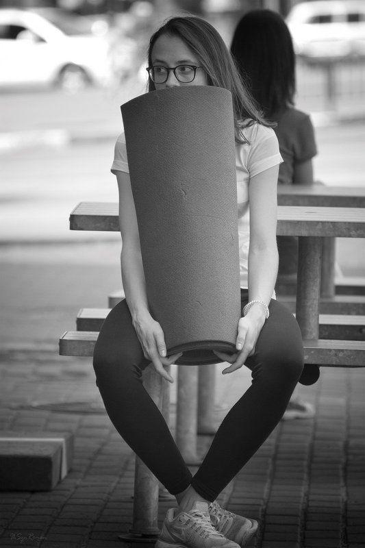 девушка, портрет, жанр,улица Пикник не за горами...photo preview